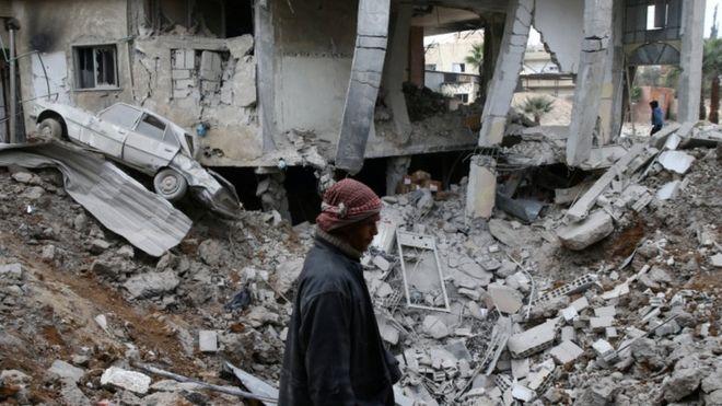 تقارير عن استخدام غاز الكلور في هجوم على المعارضة في الغوطة الشرقية