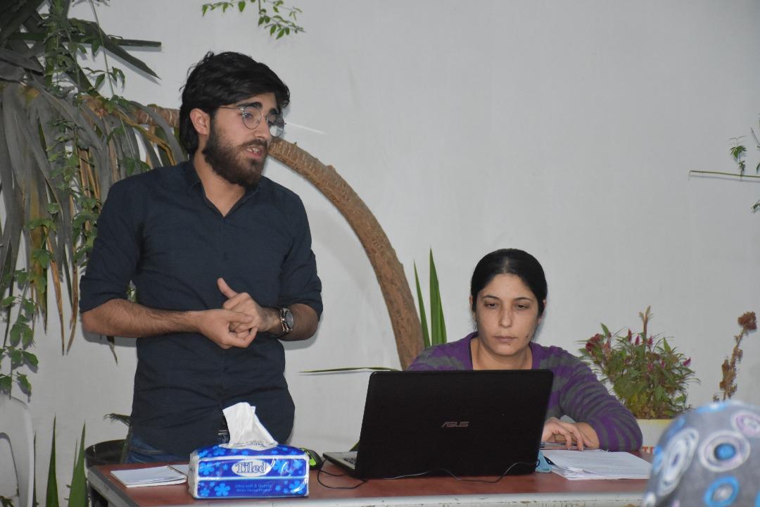 محاضرة تعريفية لاتحاد الإعلام الحر في مدينة حلب